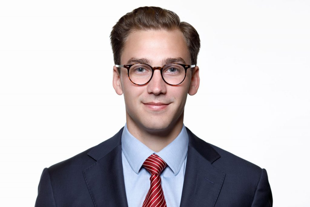 professional headshot for corporate website